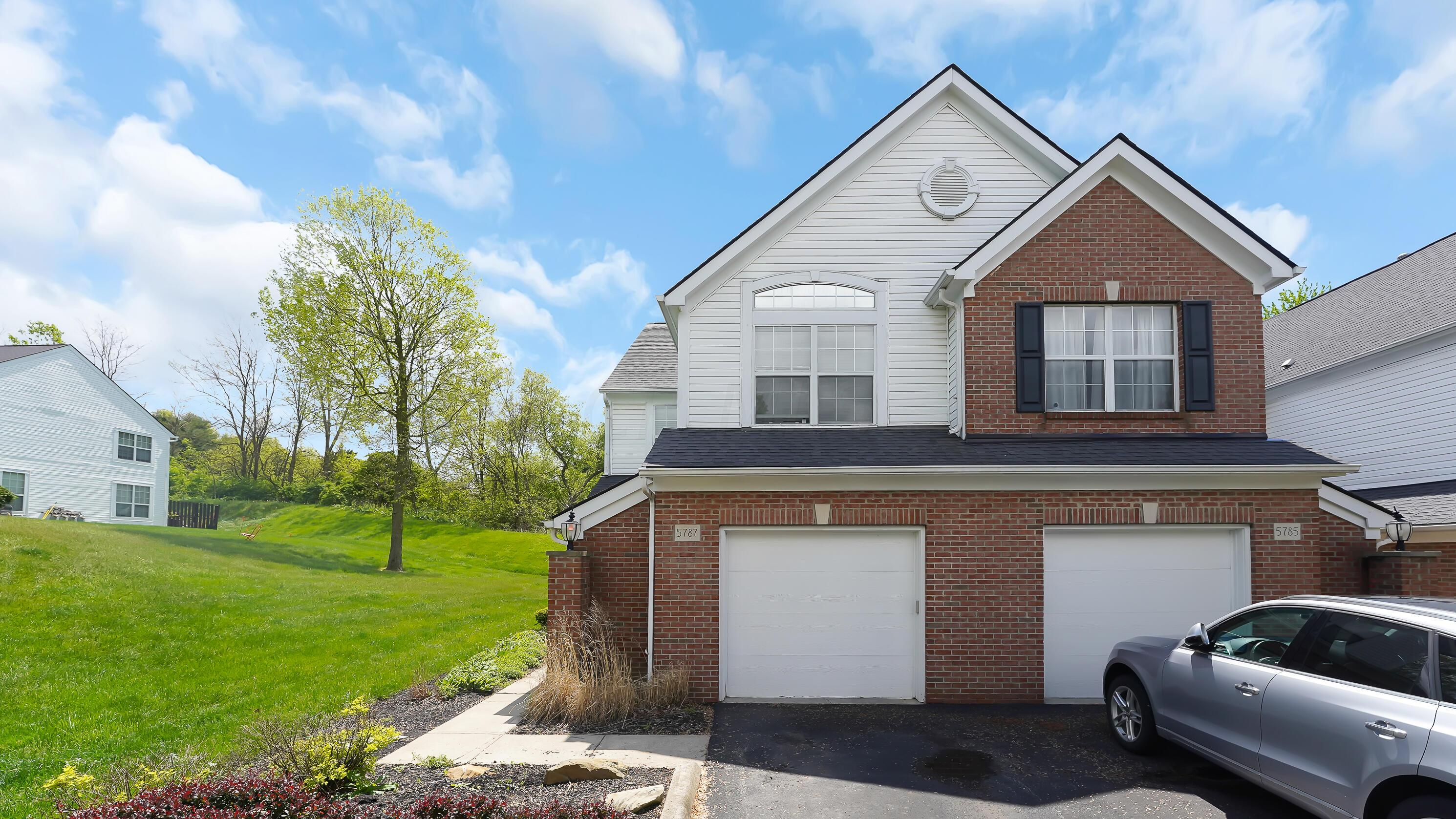 5787 Albany Green Westerville OH 43081-2