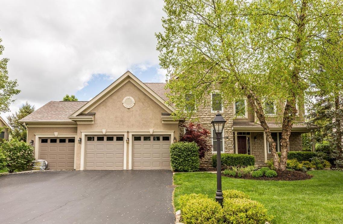 Photo of 445 Woodard Place, Powell, OH 43065