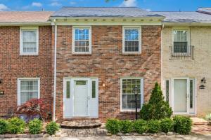 Undefined image of 599 Dlyn Street, Columbus, OH 43228