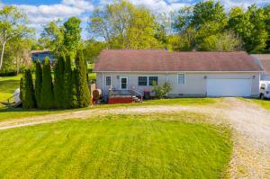 Undefined image of 470 Irving Wick Drive E, Heath, OH 43056