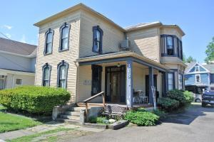 318 W Church Street, Newark, OH 43055
