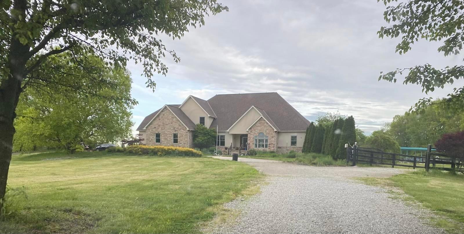 Photo of 10704 Lockbourne Eastern Road, Ashville, OH 43103