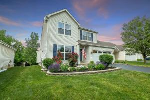 3374 Brook Spring Drive, Grove City, OH 43123