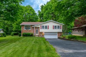 Undefined image of 380 Madolin Drive, Lithopolis, OH 43136