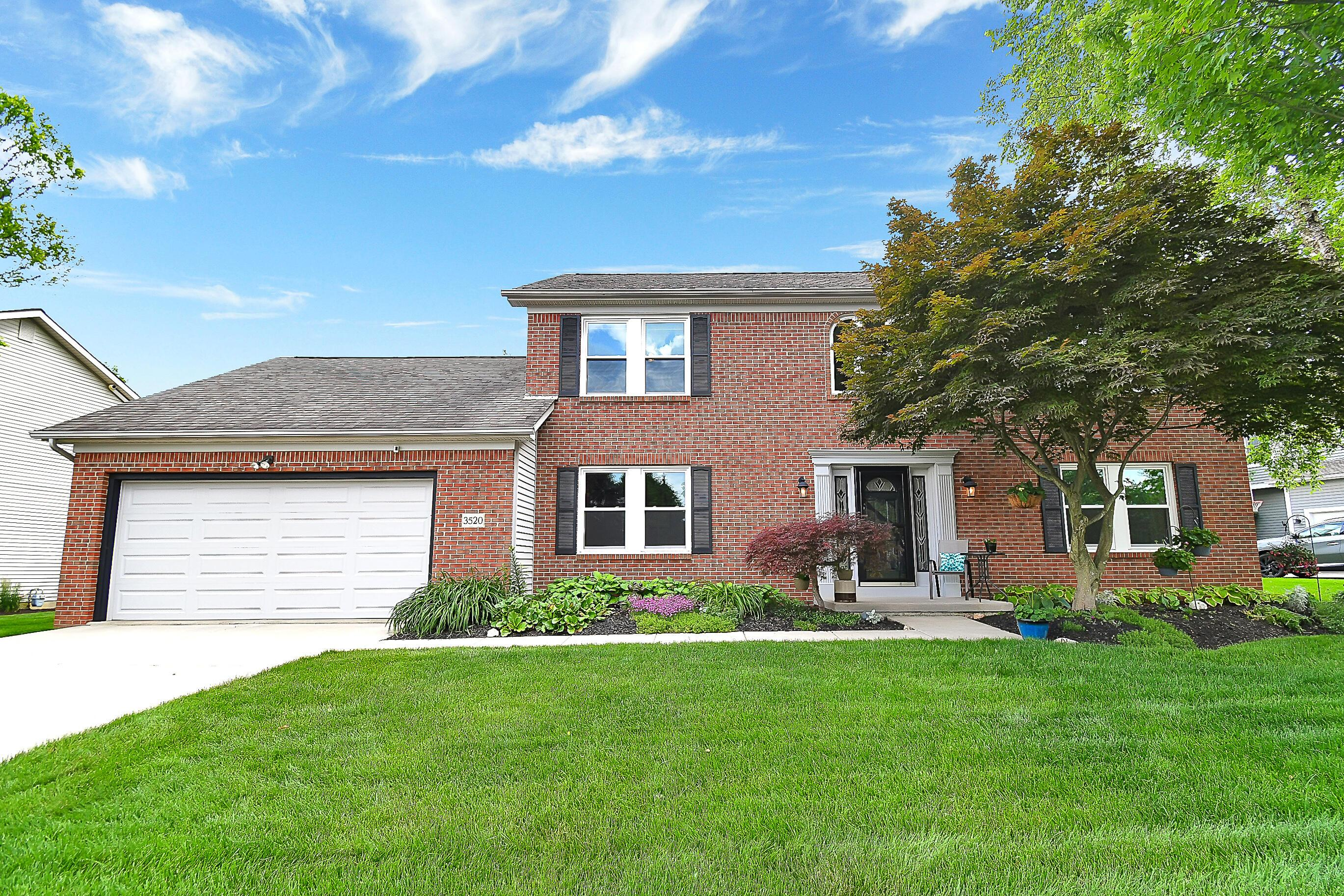 Photo of 3520 Hidden Cove Circle, Lewis Center, OH 43035
