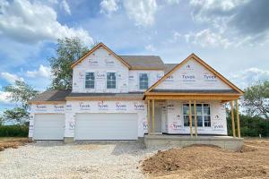 427 Oakland Hills Loop, Lot 9, Commercial Point, OH 43116