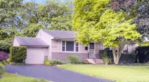 6715 Schreiner Street E, Worthington, OH 43085