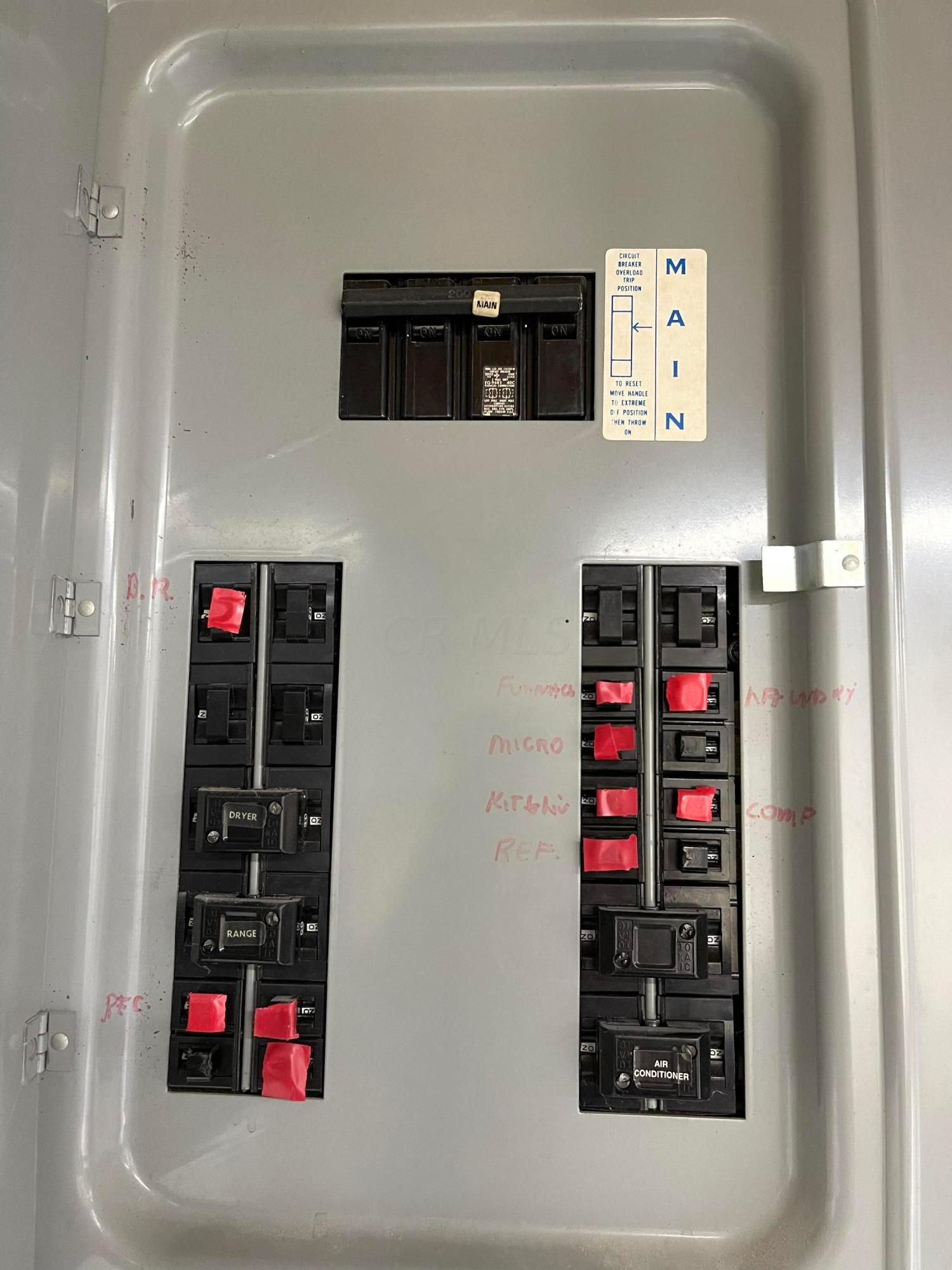 BA34D5BF-B4A7-4A0B-B159-CCA977FB0A7B
