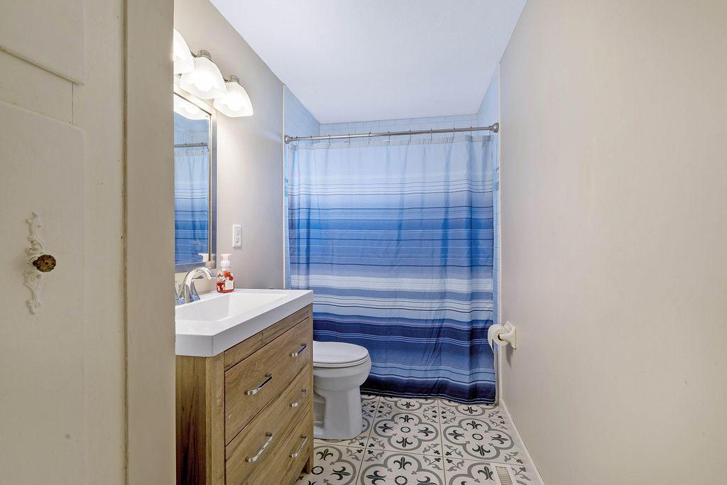 18. Main Bath
