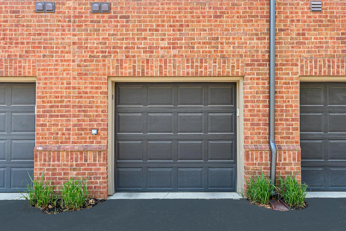 Garage #20