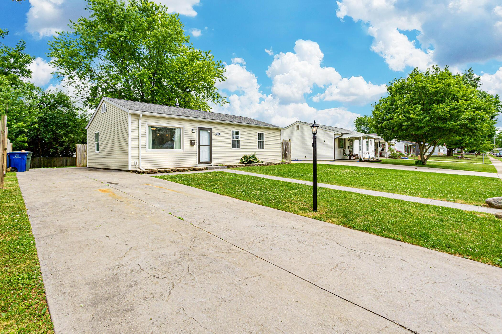 2756 Dolby Dr, Columbus, OH 43207_017