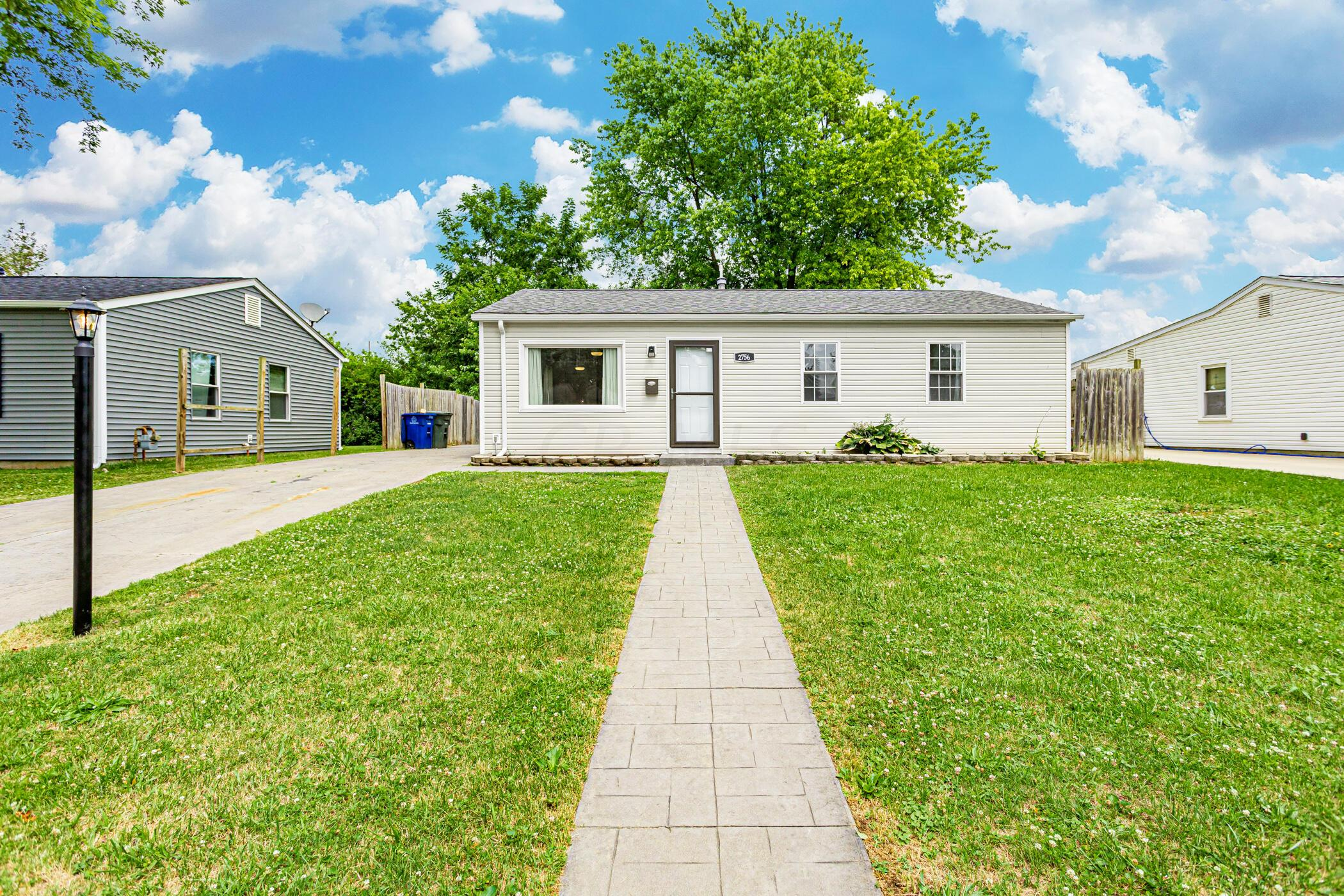 2756 Dolby Dr, Columbus, OH 43207_018
