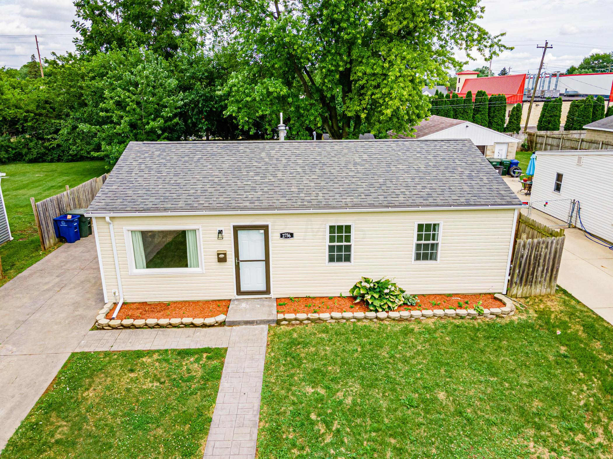 2756 Dolby Dr, Columbus, OH 43207_024