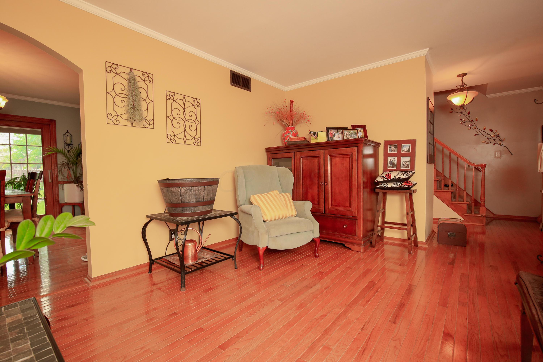 Family Room- 4