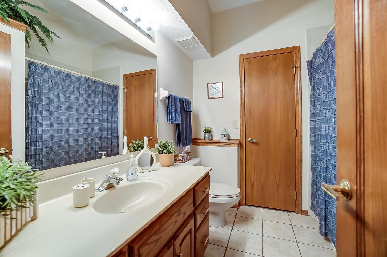 Upstair's Bathroom