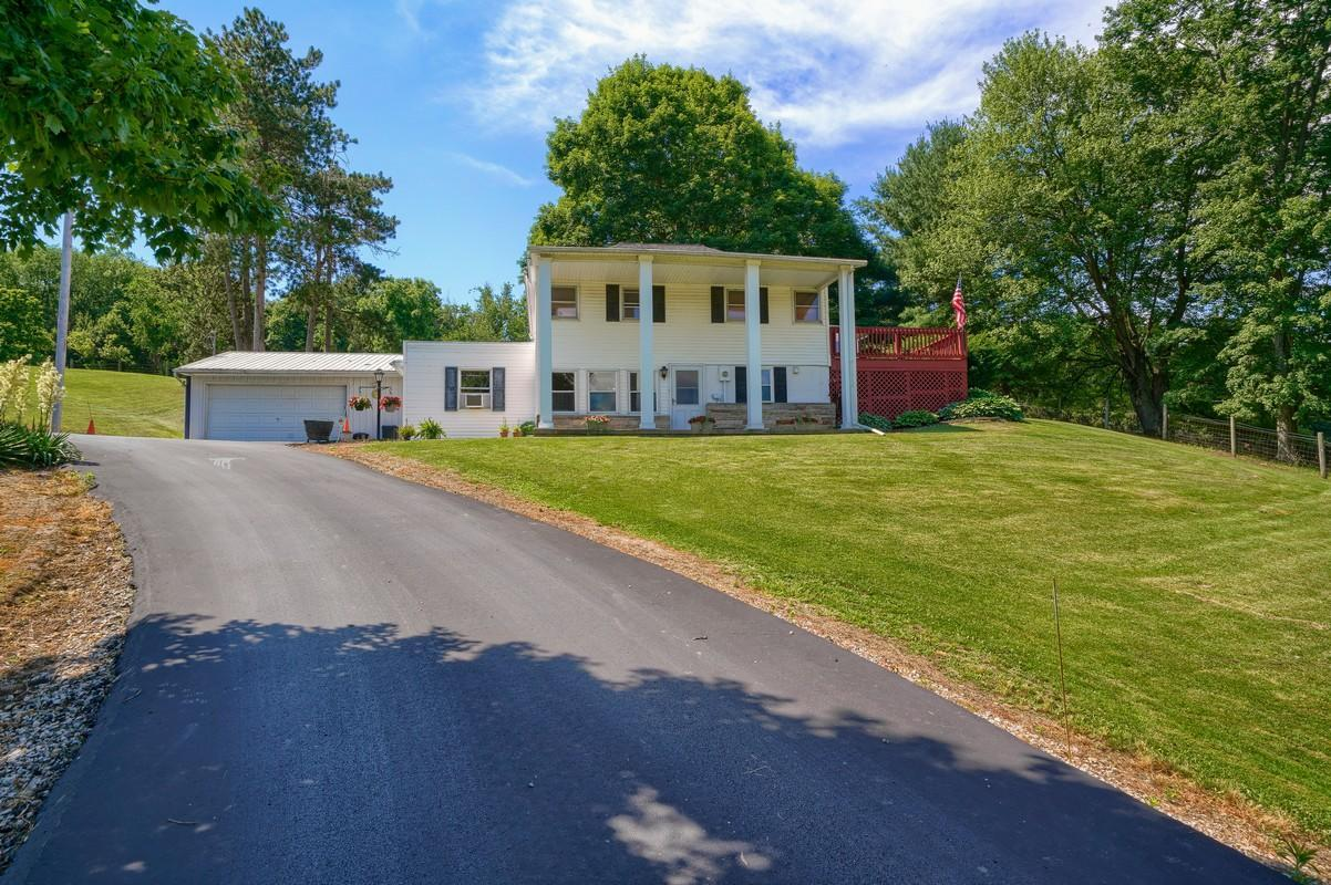 5305 Pleasant Valley Rd SW (66)