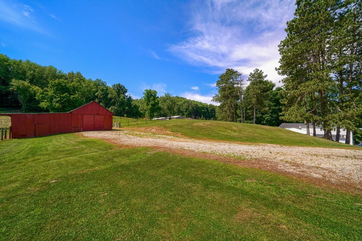 5305 Pleasant Valley Rd SW (55)