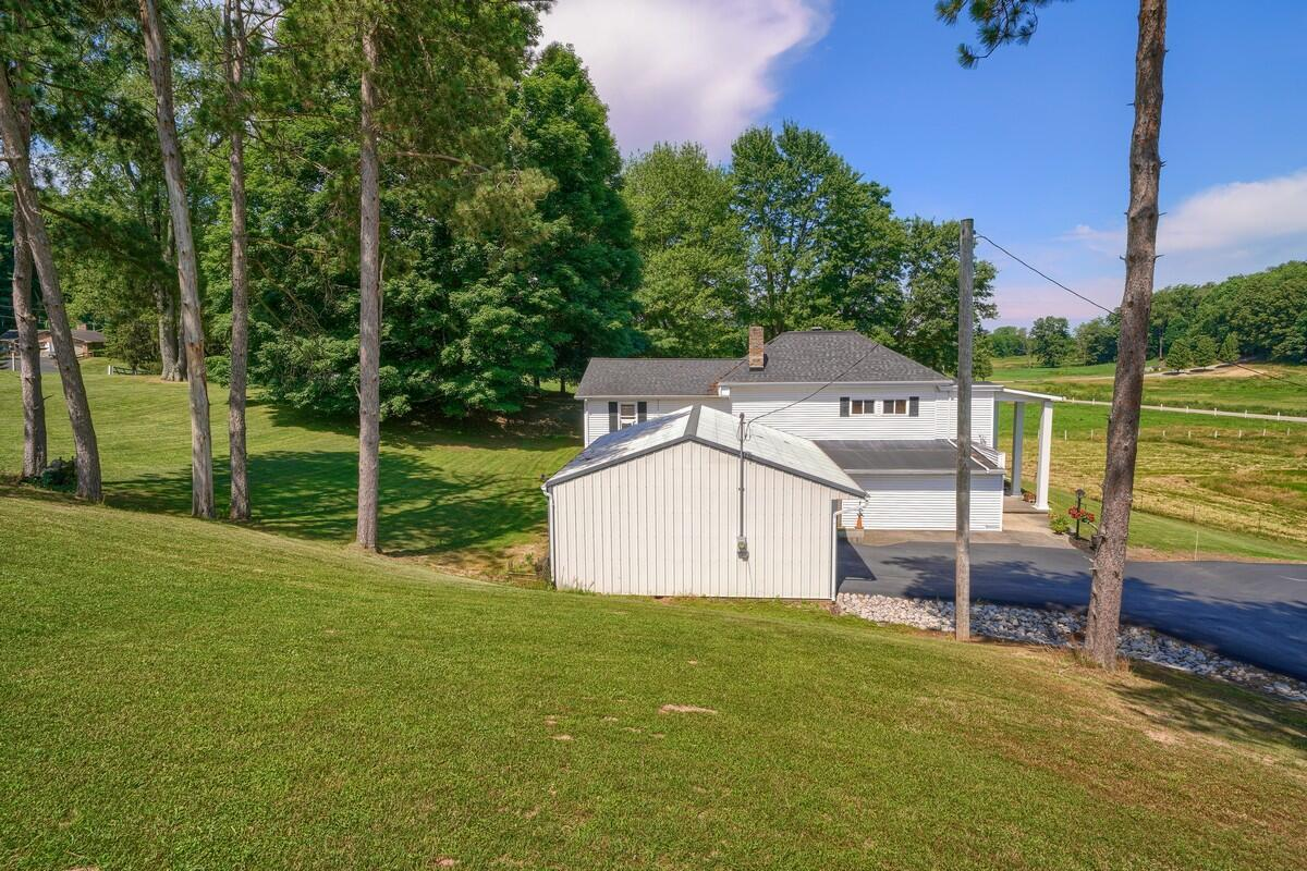 5305 Pleasant Valley Rd SW (57)