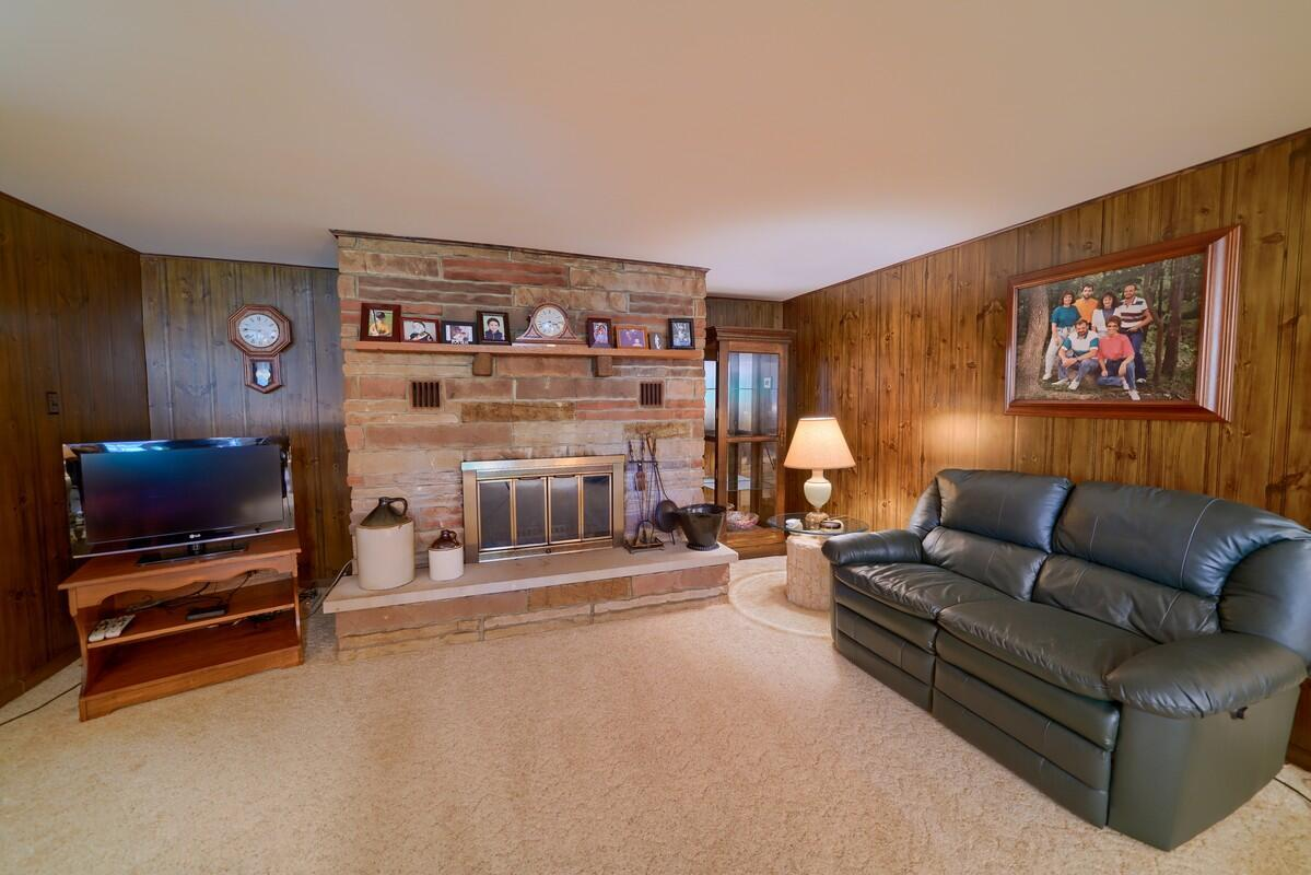 5305 Pleasant Valley Rd SW (32)