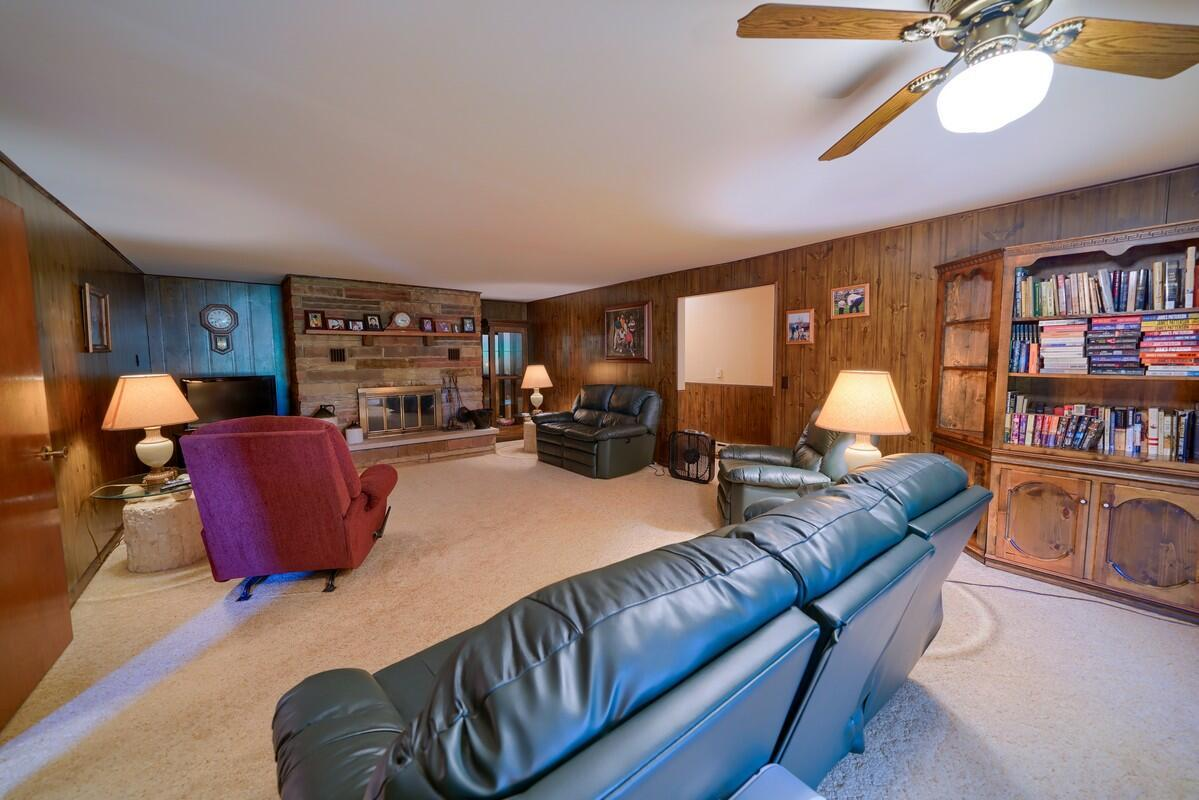 5305 Pleasant Valley Rd SW (37)