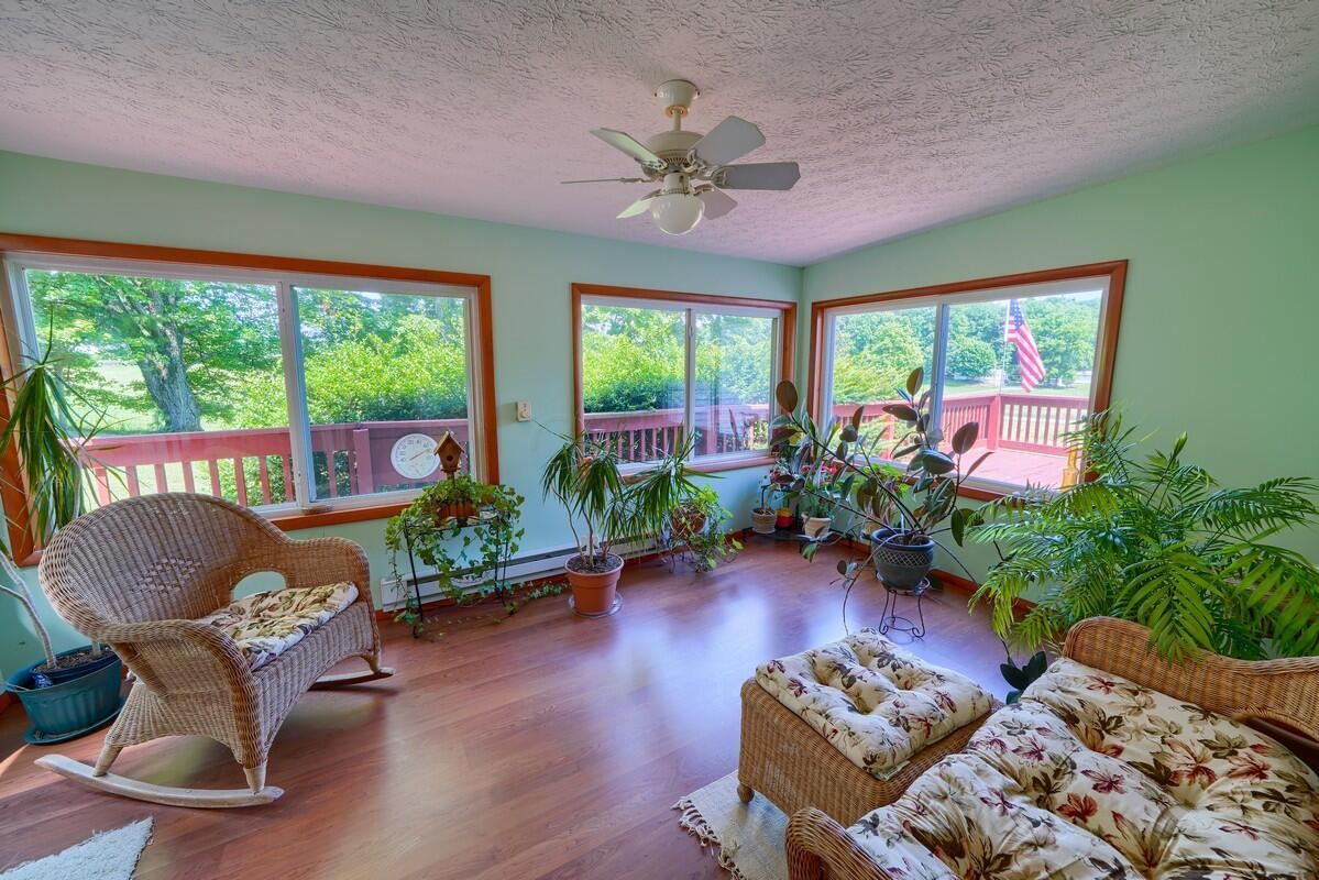 5305 Pleasant Valley Rd SW (38)