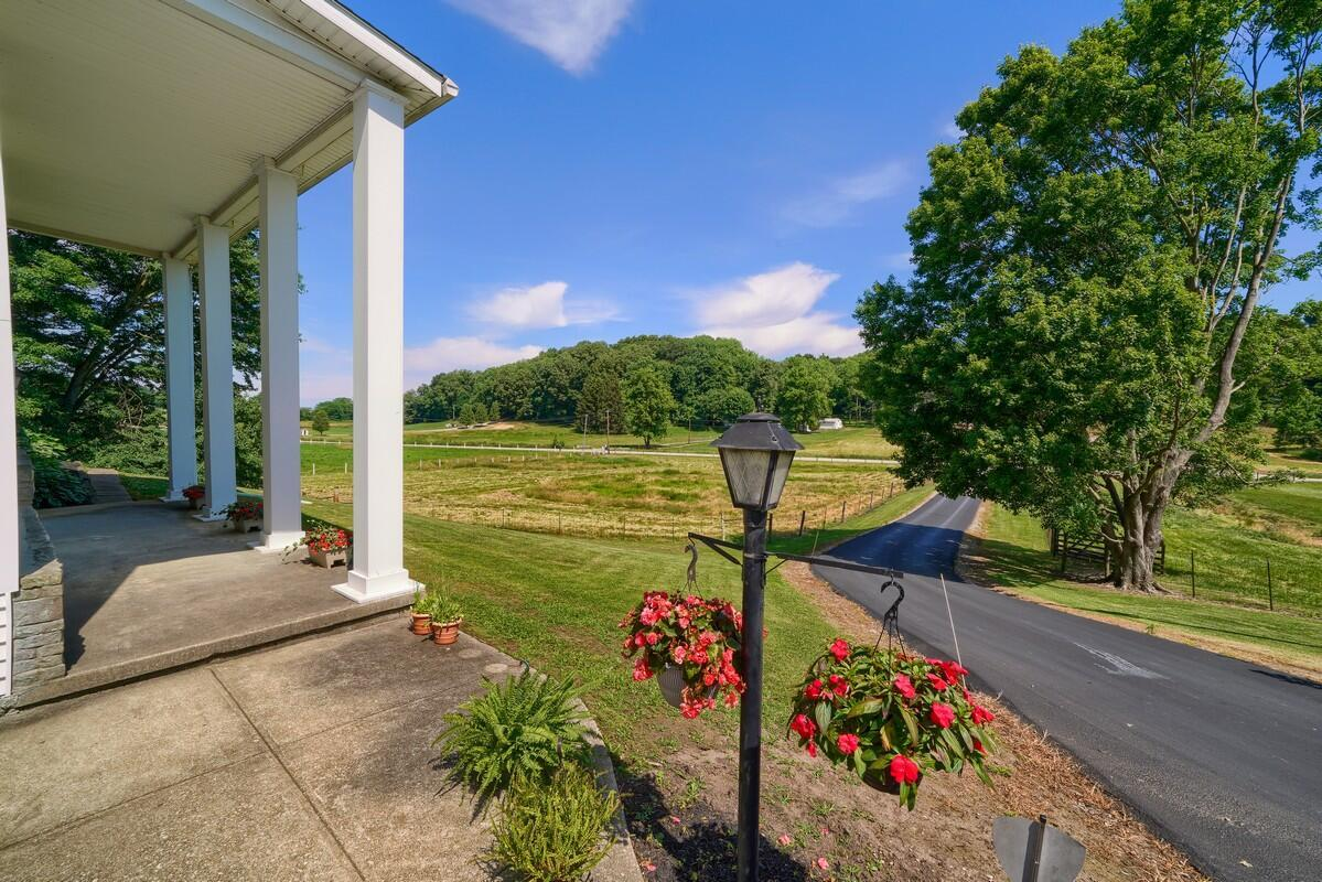 5305 Pleasant Valley Rd SW (45)