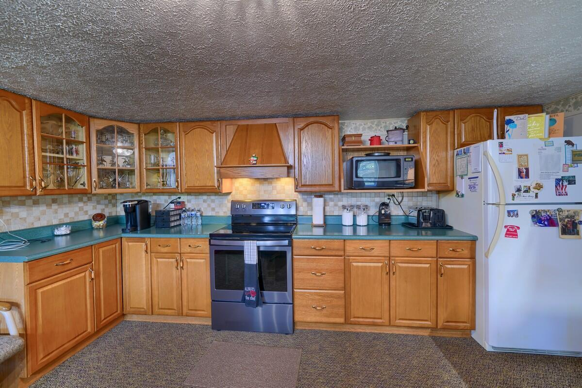 5305 Pleasant Valley Rd SW (17)