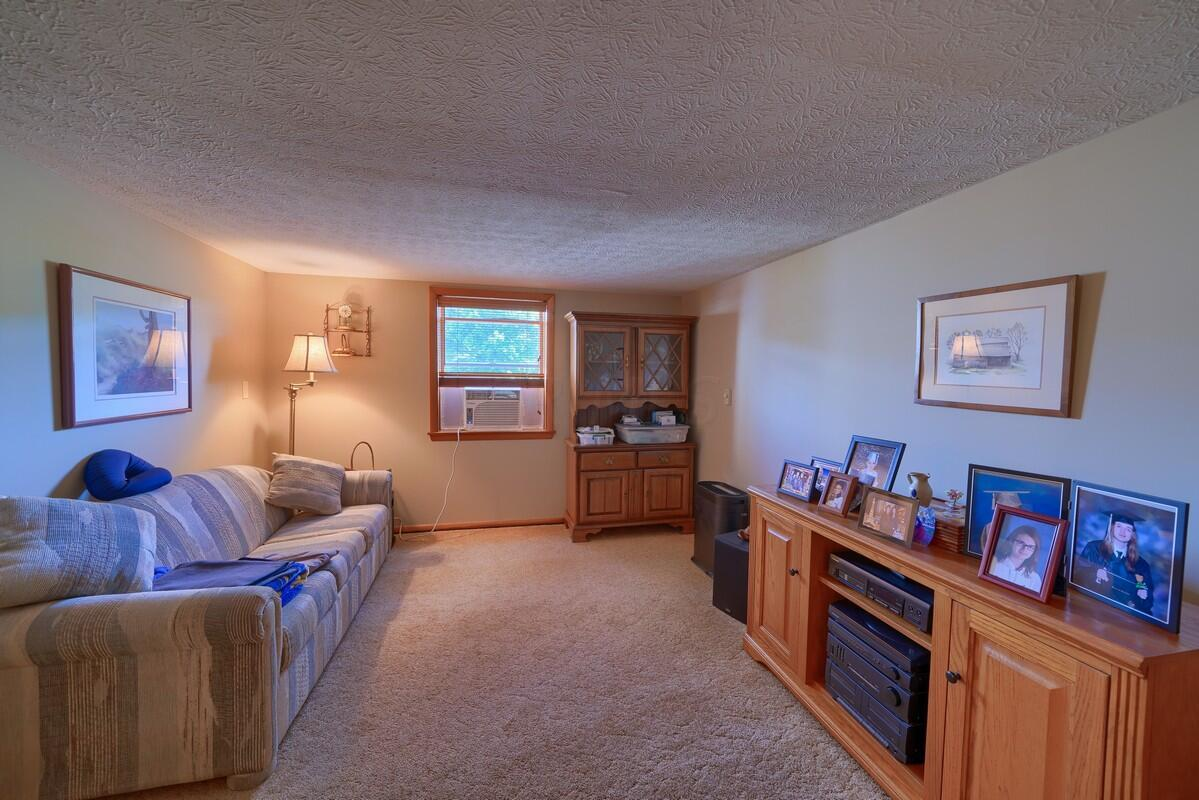 5305 Pleasant Valley Rd SW (21)