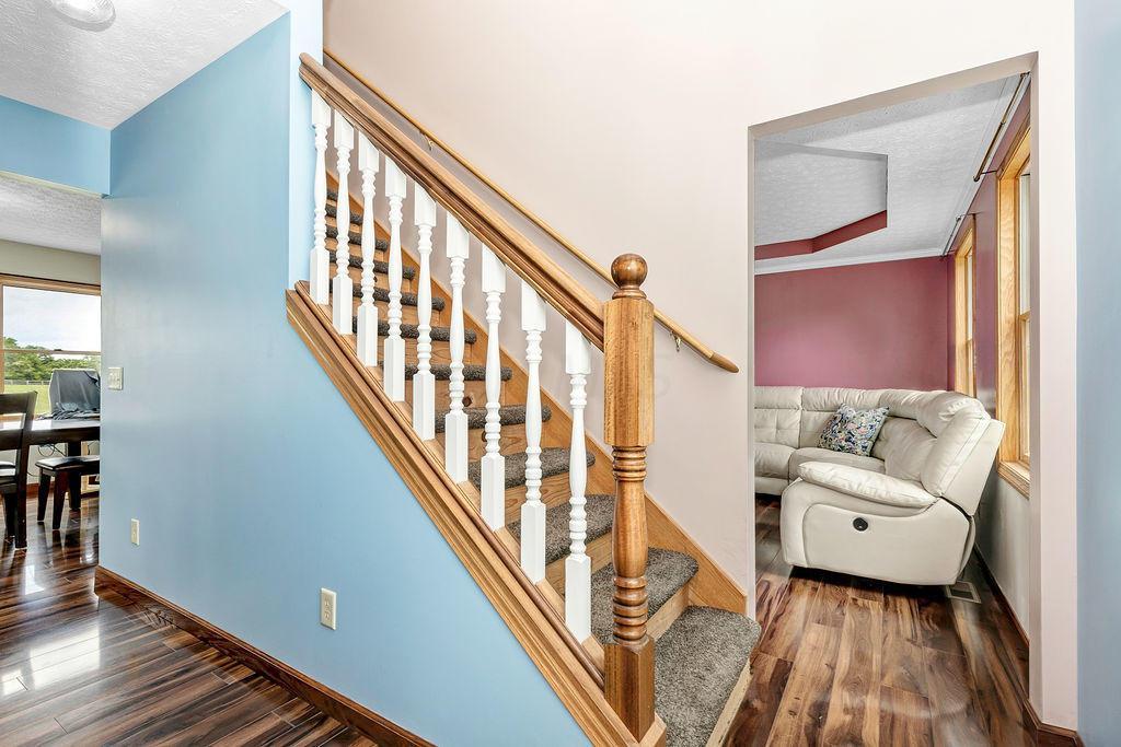 3-Foyer