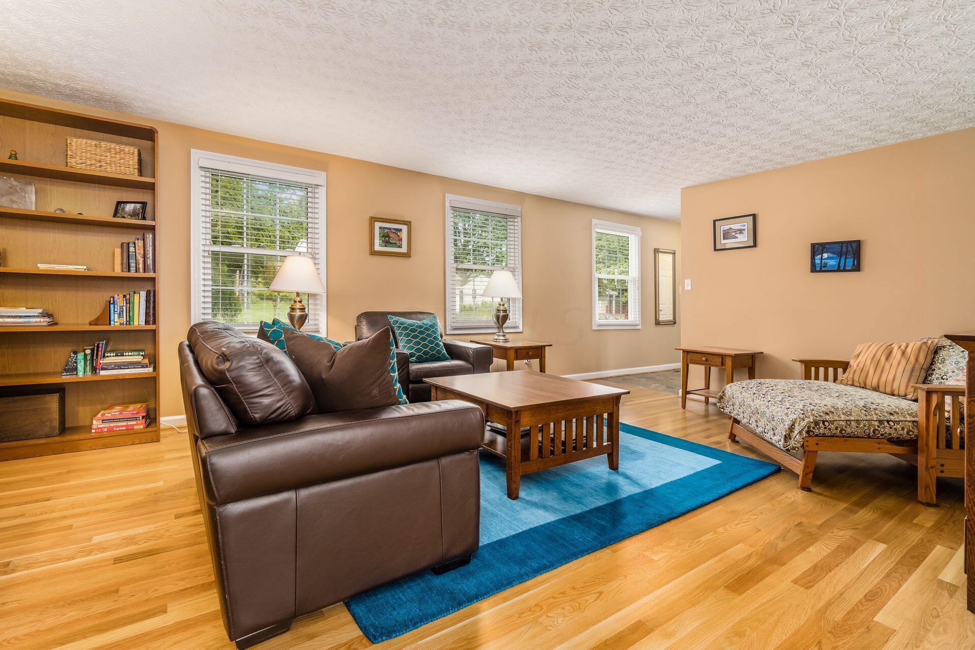 Super Spacious Living Room