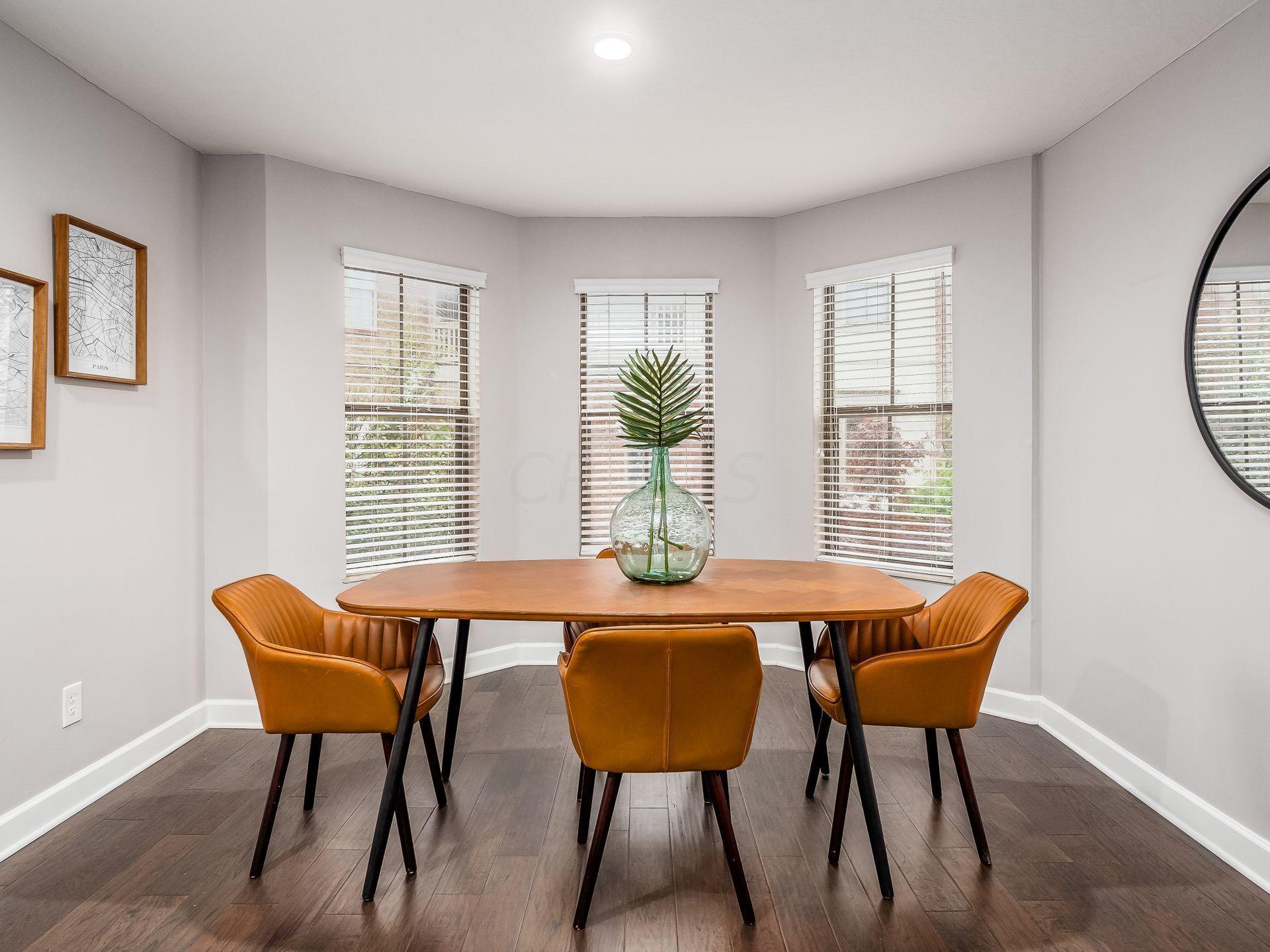 Dining/Bonus Space