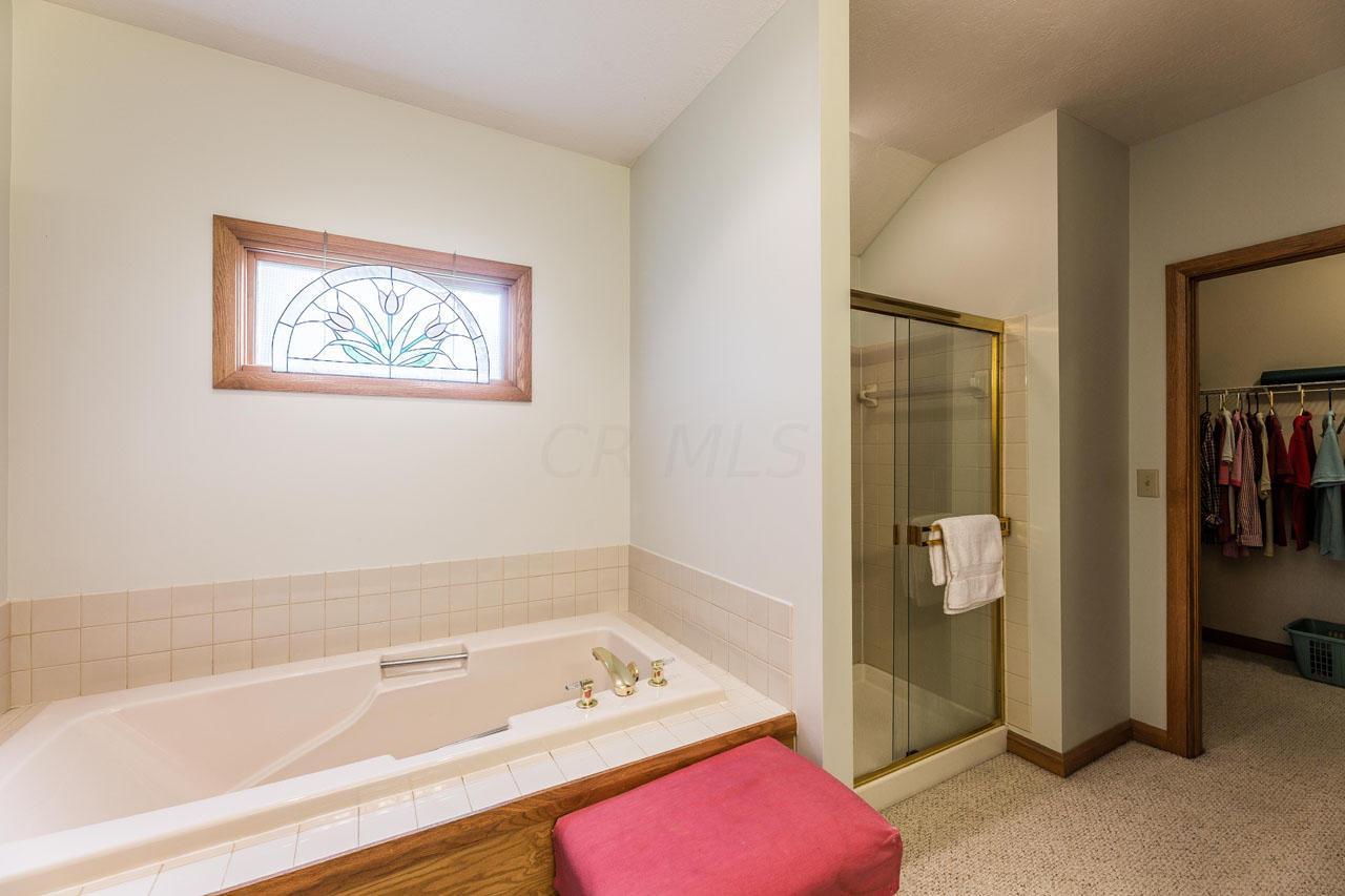 Soaking tub, shower