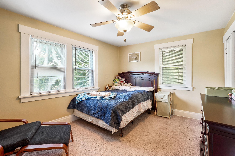 921 Chambers - bedroom 1