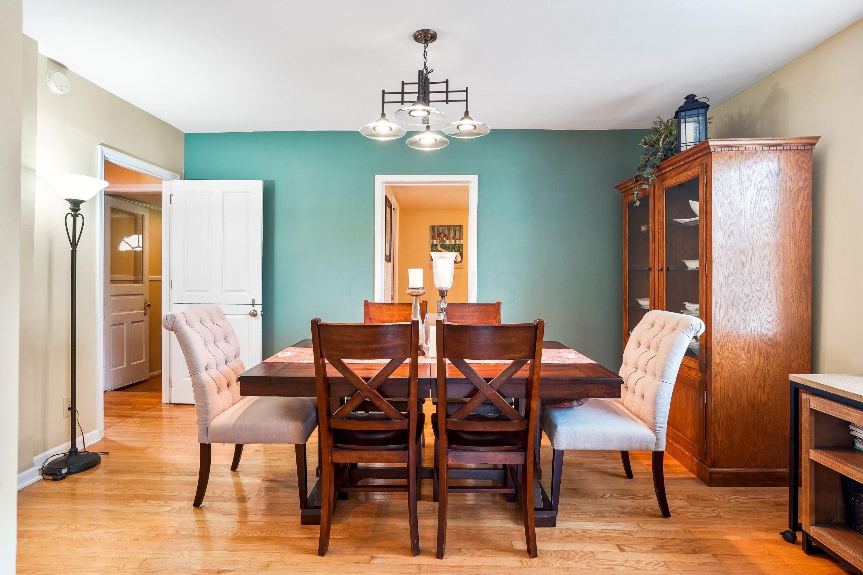 921 Chambers - Dining Room