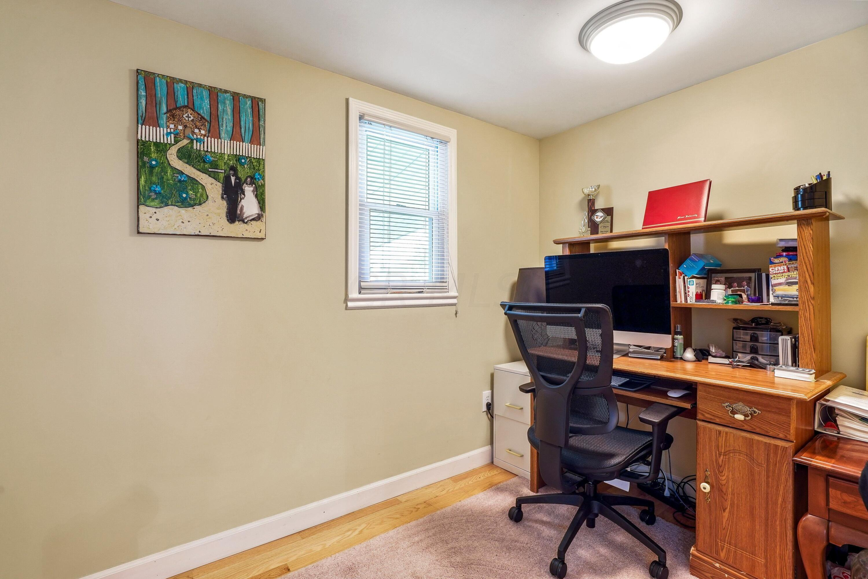 921 Chambers - office