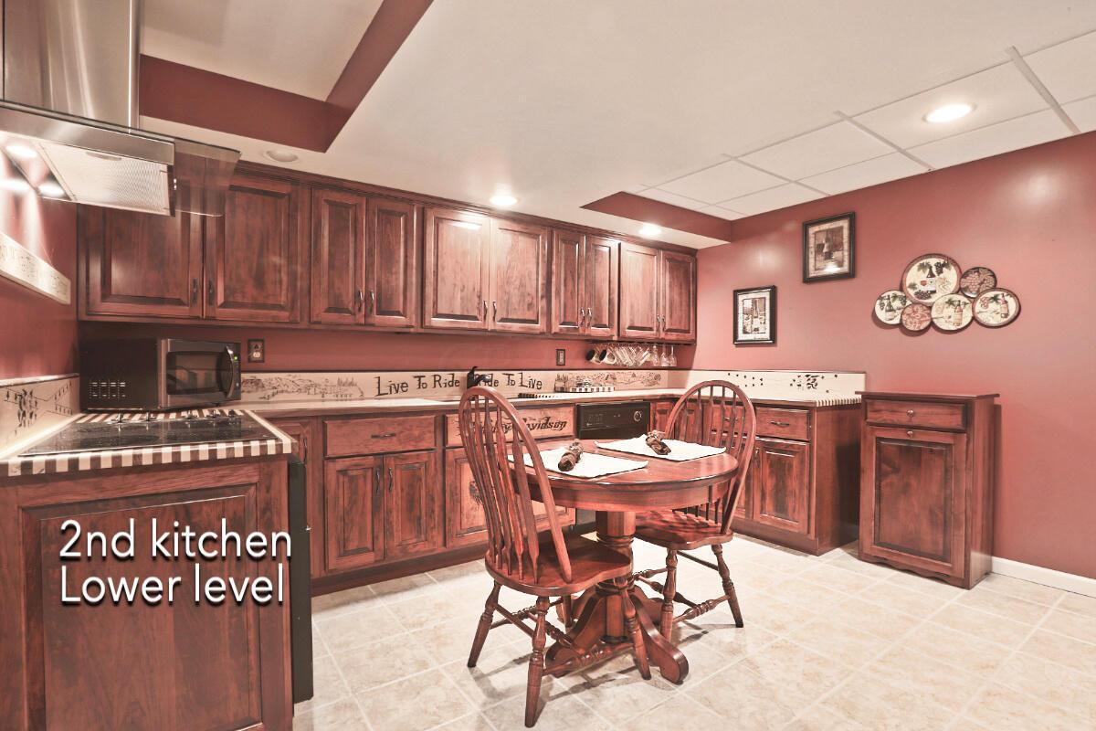 Second kitchen 1
