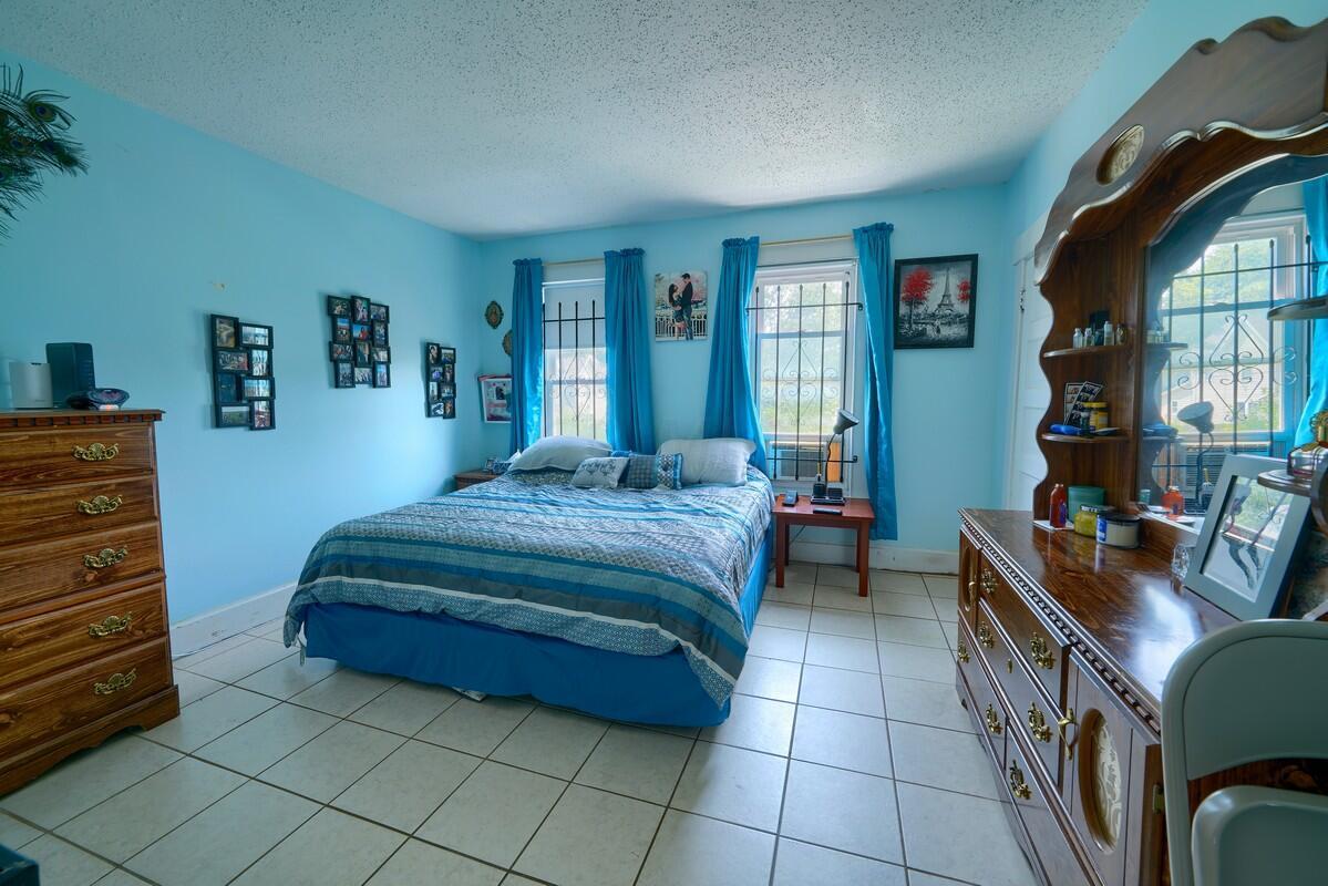 Side 103 Bedroom 1