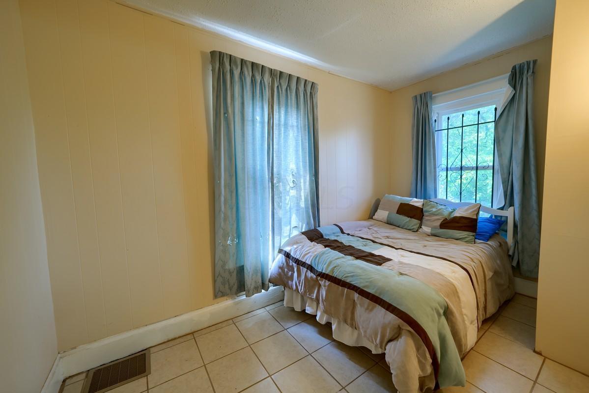 Side 107 Bedroom 3