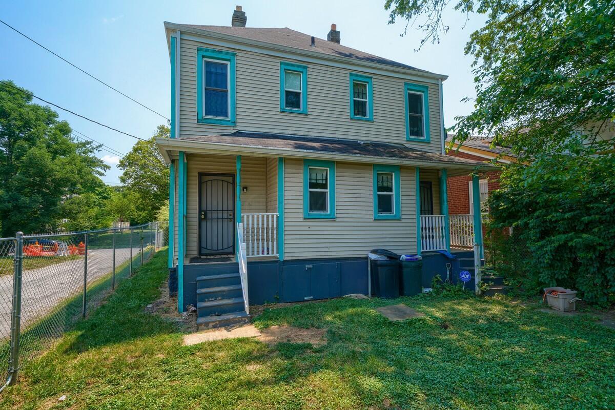 103 Clarendon Ave (44)