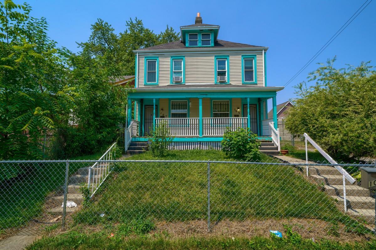 103 Clarendon Ave (2)