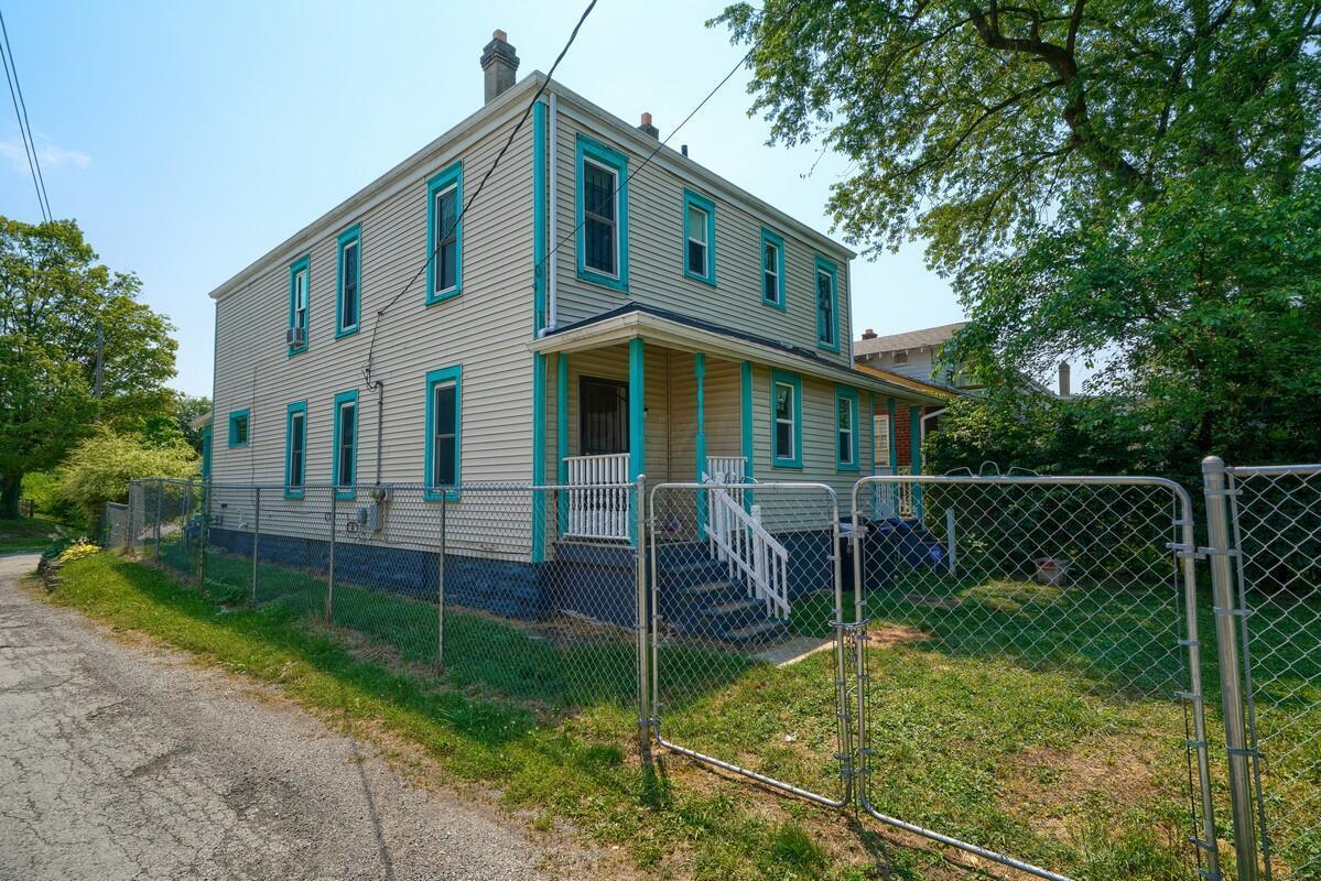 103 Clarendon Ave (7)