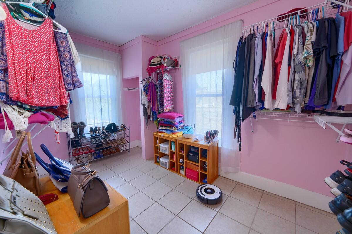 Side 103 Bedroom 3
