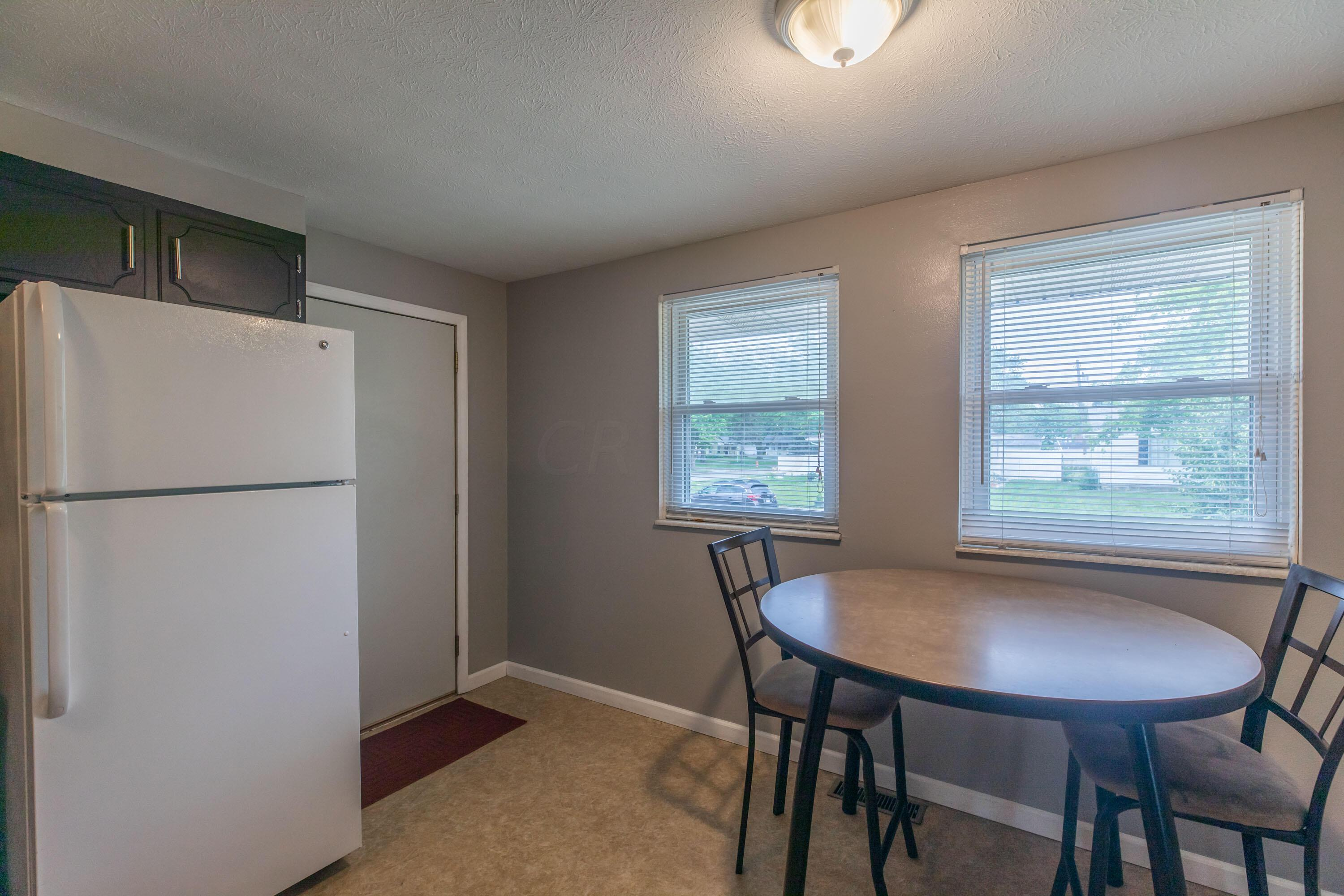 Kitchen/Eating Space