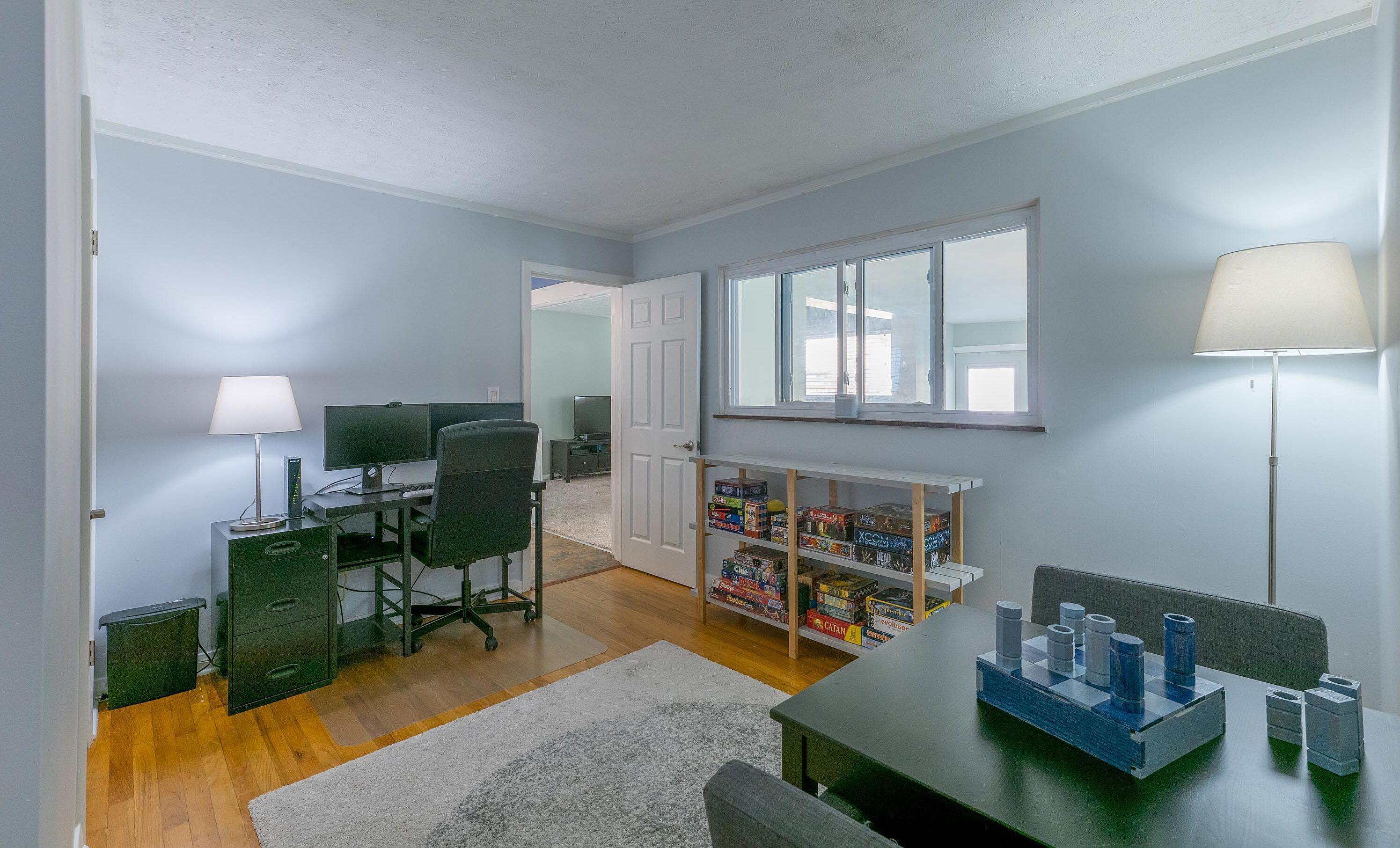 Office/ Bedroom - 3
