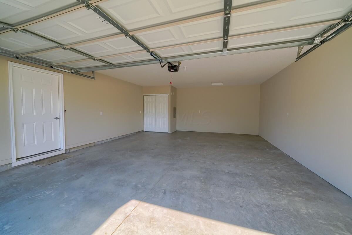 Taylor Chase Drive - 3 Bed (38)