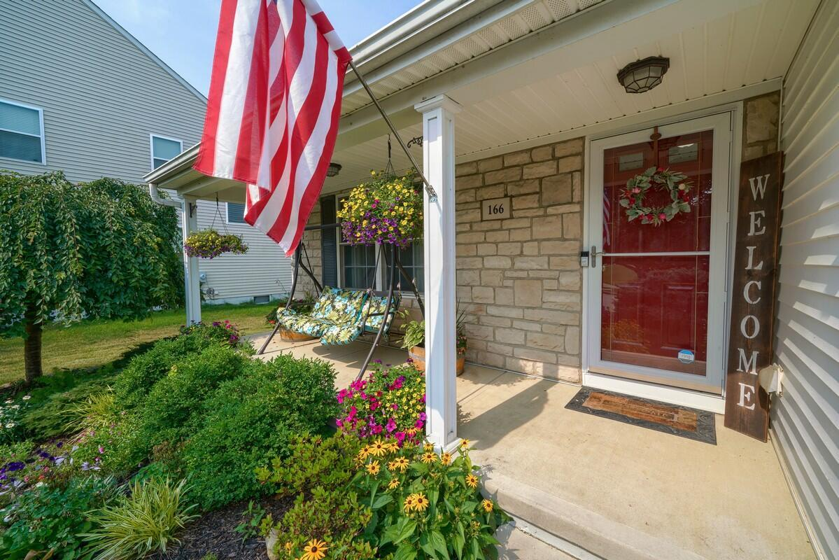 166 Ruby Red Ln (52)