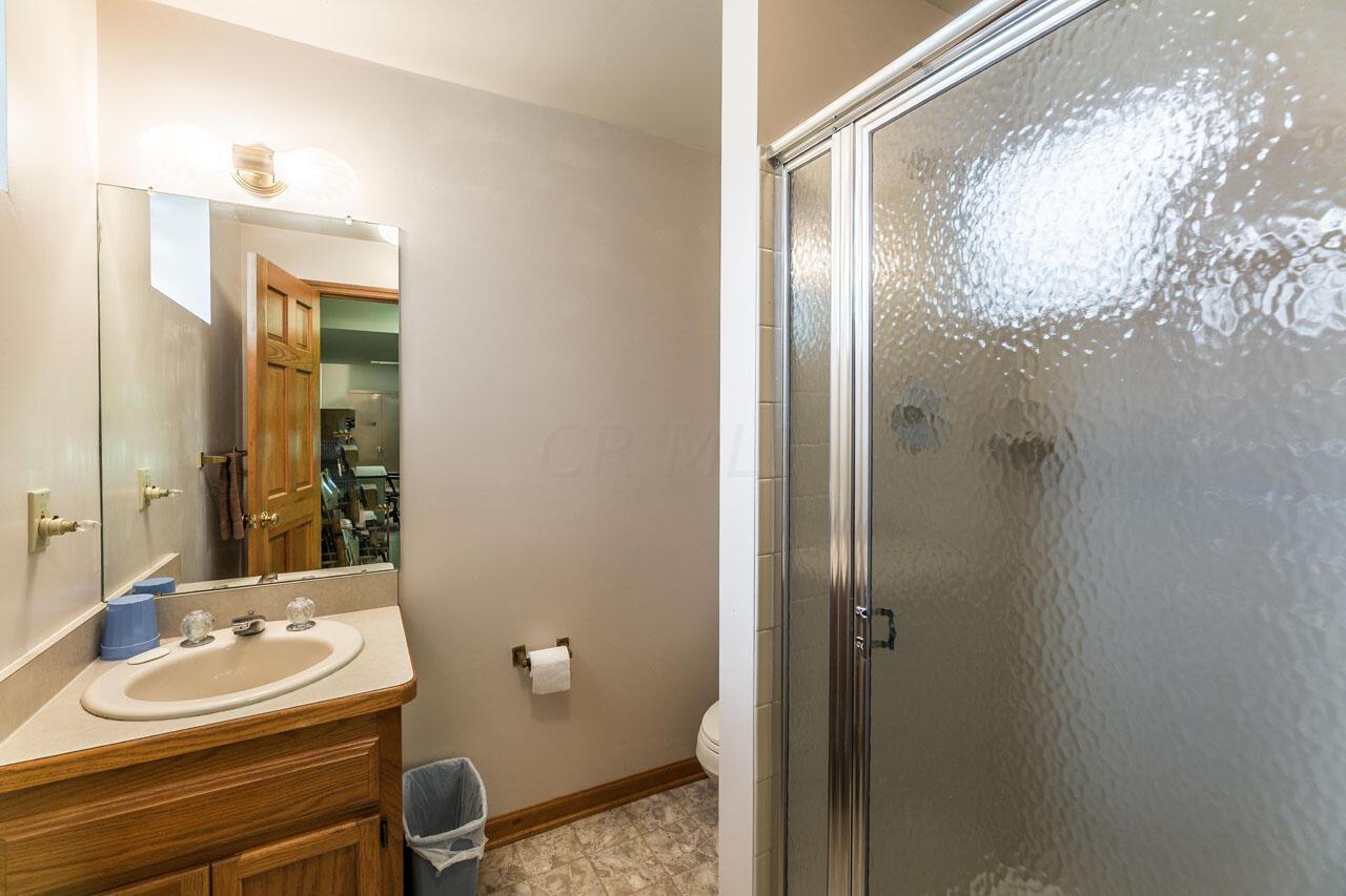 Full bath, Lower Level