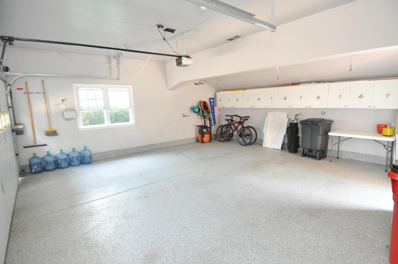 White Rd Garage