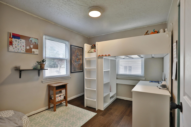 Bedroom #2 with new laminate food floors