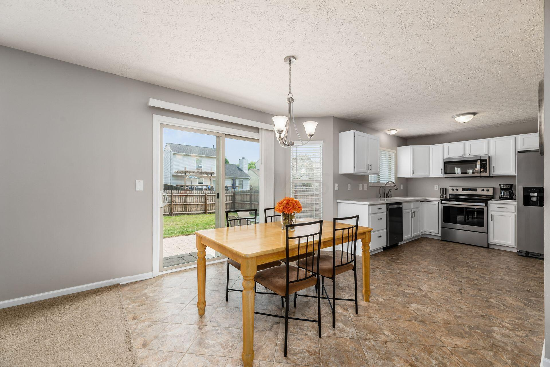 Eating Space and kitchen